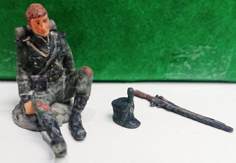 Wounded Rifleman figurine